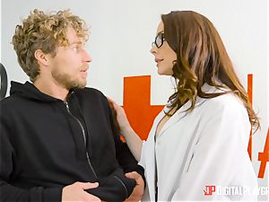 Chanel Preston gets her snatch crammed up with the prick of Micheal