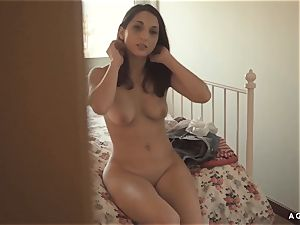 A chick KNOWS - molten lesbian fuckfest with uber-sexy Jimena Lago