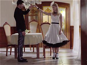 PINUP fuck-a-thon - uber-cute Czech platinum-blonde likes voluptuous fuck