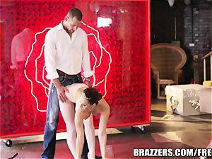Brazzers - Aleska Diamond - pouch Deep in the Ballerina