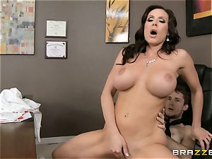 milf threesome with Phoenix Marie and Kendra zeal