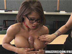 Brazzers - Madison in warm college three-way