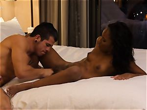 munching out black bombshell Ashley rosy in hotel room