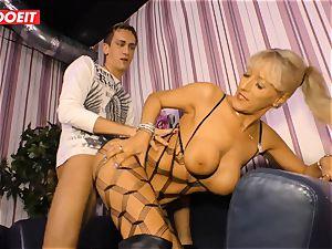LETSDOEIT - scorching auntie rails cousins chisel On intercourse tape