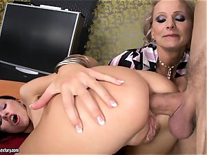 Sasha Rose gets her mind-blowing bootie jammed by a throbbing boner