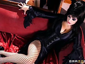 MMF penetrating for gothic babe Katrina Jade