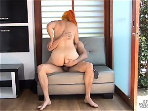 TU VENGANZA - inked Colombian red-haired revenge tear up