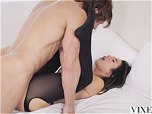 Eva Lovia drilling an enrapturing guy