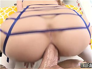 tattooed and pierced fuckslut gets her anus stretched by a large man meat