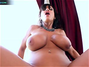 Lisa Ann likes sitting into Toni Ribas thick manhood
