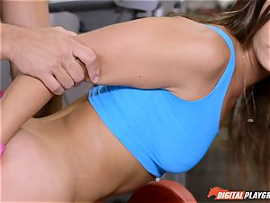 Gym fails - What to do with Kelsi Monroe