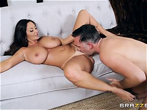 Ava Addams pounded in the pussyhole with the huge bone of Keiran