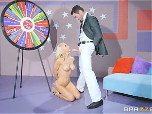 Game display weenie banging with blond bombshell Alix Lynx