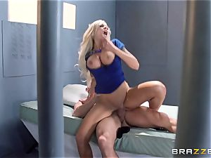 Nina Elle pulverizes a marvelous con in front of her cheating hubby