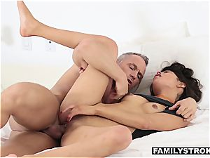 Latina stepdaughter gargling stiffy to skip school