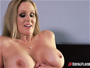 hook-up with chesty housewife Julia Ann and her stepdaughter