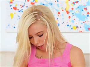 milfs tongue find the snatch of nubile Kenzie Reeves