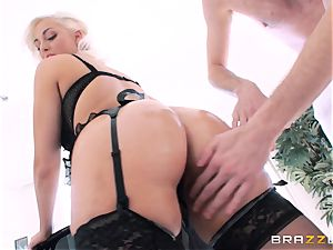 Jenna Ivory first-ever buttfuck in her tight butt