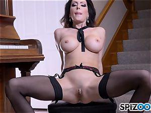 Solo masturbating nice bruentte Jessica Jaymes