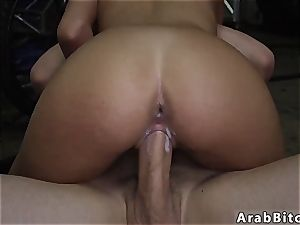 Public pay cash and arab duo first time Desert vagina