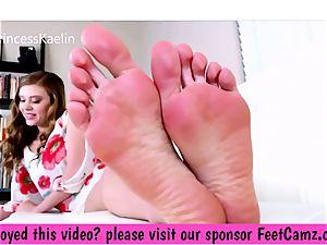 Bratty Kaelin - Manipulating My Landlords foot Fetish - FeetBay