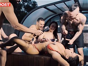 beautiful Susy Gala gets poked in kinky restrain bondage soiree