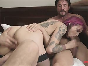 first time Anna Bell Peaks in group porn takes two pricks in one fuck hole