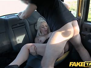 faux cab platinum-blonde cougar Victoria Summers drilled in a cab