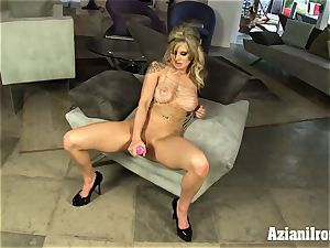 light-haired bombshell fuck sticks her raw vulva and shoots a load stiff
