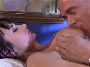 honey Alektra Blue fills her throat with her lover's humungous dick until she chokes