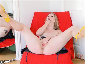 Ella Nova masturbates firm and spunks