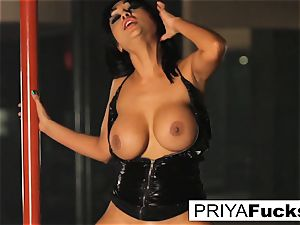 buxom Priya Rai rails the sybian at the strip club