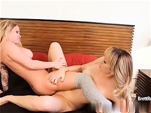 Brett Rossi gets dirty with her girlfriend Daisy Monroe