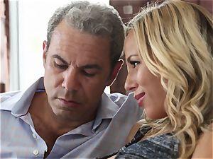 super-steamy platinum-blonde wifey Olivia Austin The Key Sn 4