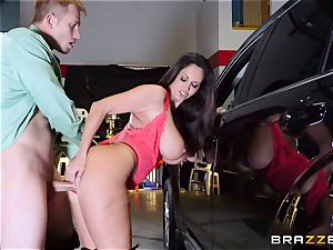 steamy cop Ava Addams takes advantage of a opportunity seize