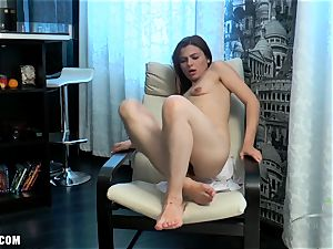 Erika kneads her furry cootchie to cum