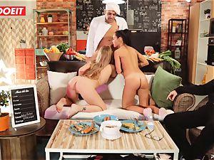 Latina Apolonia Lapiedra foursome fuck-fest in the kitchen